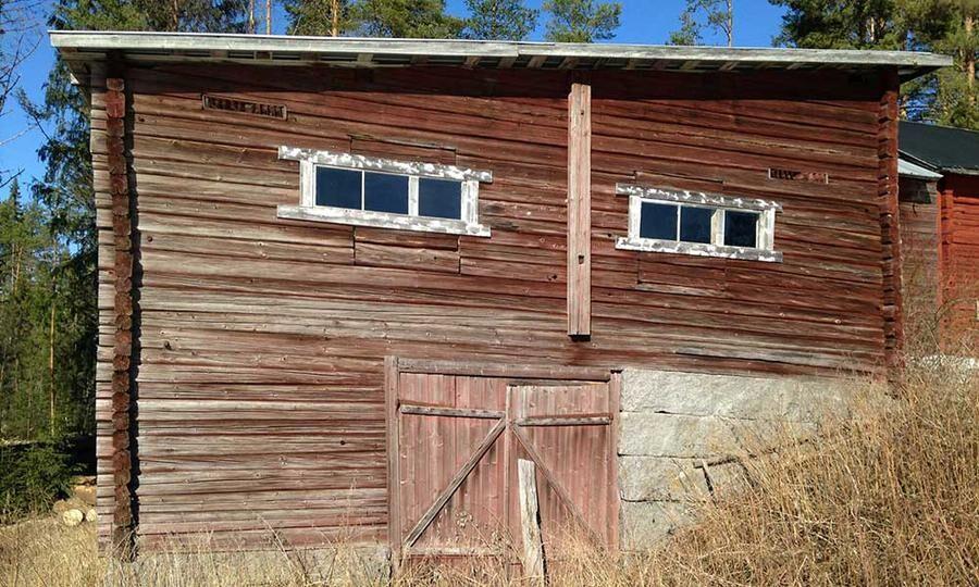 Fint timmer men tak och golv bör inte användas, enligt ägaren.