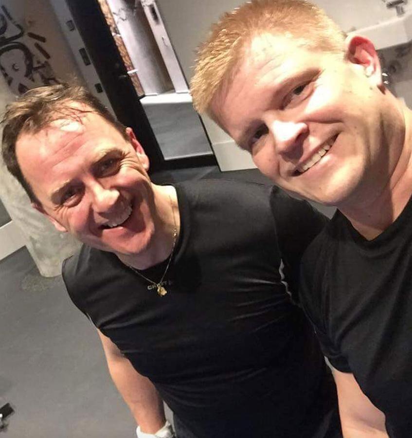 Bo Bergdahl och Peter Strand under ett styrketräningspass på 45 minuter.