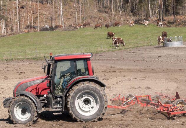 Gäller att vara på alearten i vår då ogräsen kan bli stora på fälten om de inte behandlas.