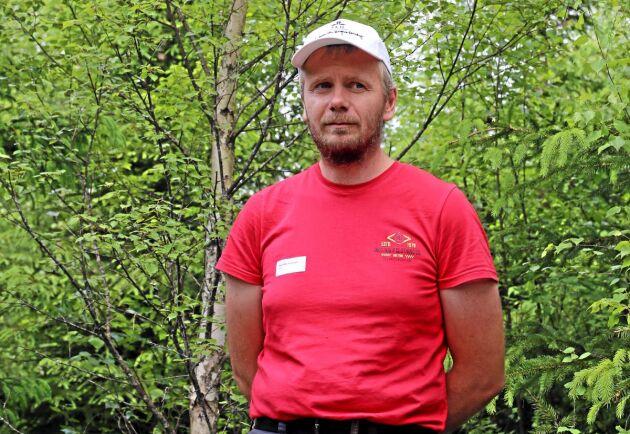 Per-Ola Hedvall, docent på SLU forskar på blandskog med gran och björk.