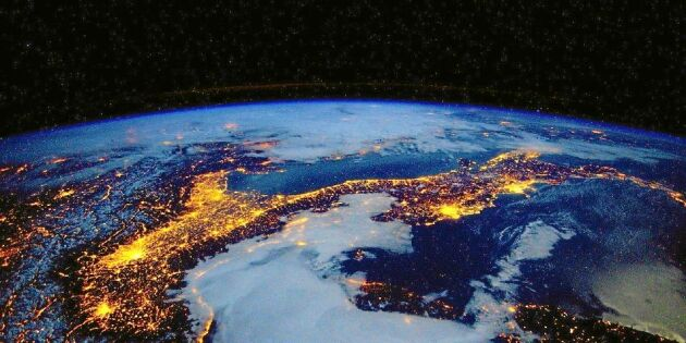 Jorden allt mer upplyst - borde vara tvärtom