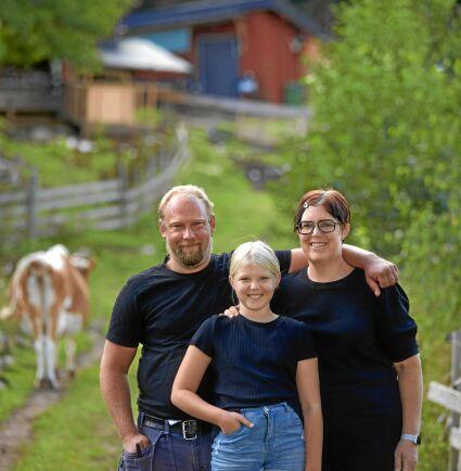 Daniel, Kristina sparade länge för att köpa en gård och leva sitt drömliv på landet med dottern Alva.