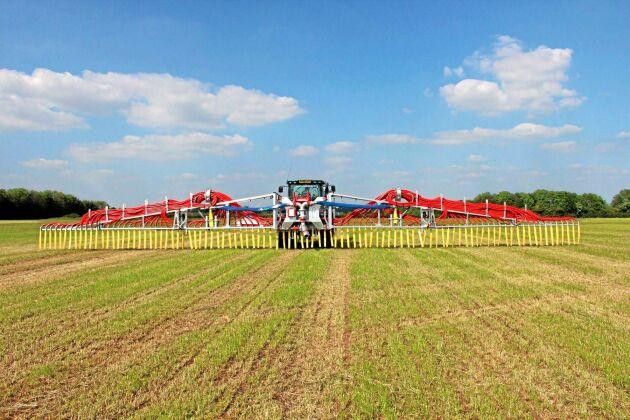 Konkurrenten Slurry Mate har arbetsbreddar upp till 24 meter.