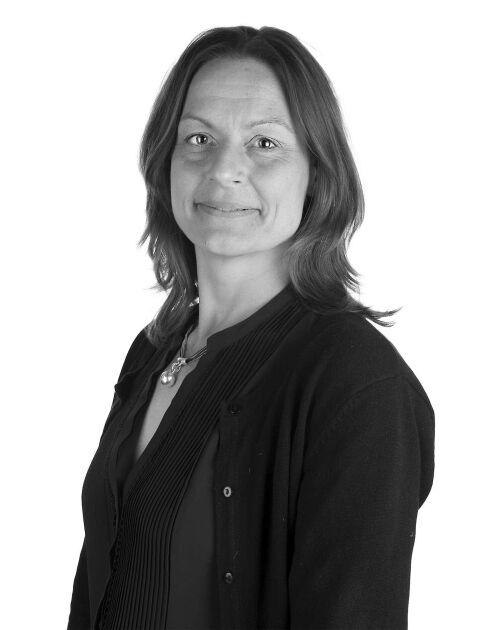 """Ann Baker, produktchef korv, har med HK Scan anpassat sina produkter efter proteinskiftet. Nu följs """"Korvish"""" av """"Burgish""""."""