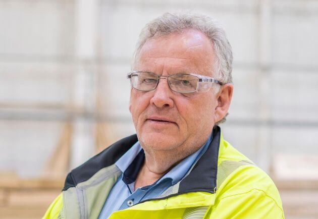 """""""Inom Moelven ska alla komma hem från jobbet utan skador – varje dag. Men den här dagen kom vår kollega inte hem. Det här präglar oss mycket och vi sörjer förlusten av en arbetskamrat"""", säger Morten Kristiansen hos Moelven."""