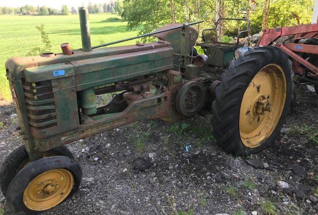 Skicket och om motorn går att starta har stor betydelse för priset. Men i rätta händer kan även en traktor som stått länge få nytt liv.