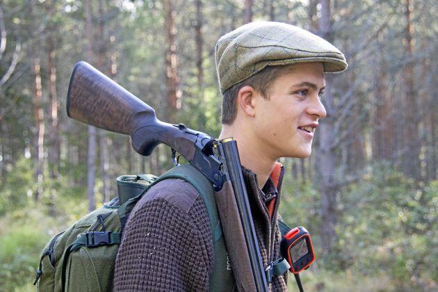 Carl Fiedler tänker sig en karriär inom skogen och vill ha jakten som en fritidssysselsättning.