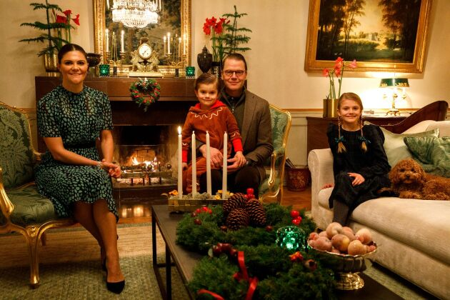 Kronprinsessfamiljen önskar glad advent, Haga slott. 29 november 2020