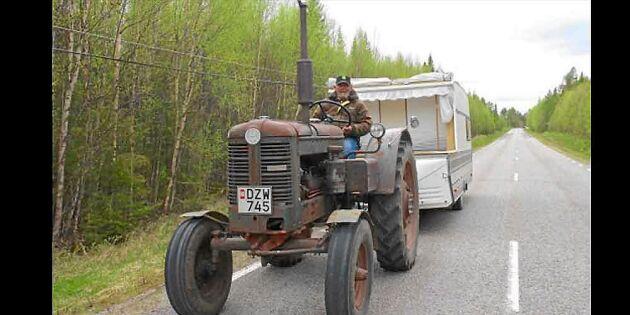 Åke reser från Skåne till Nordkap – på sin traktor från 1954