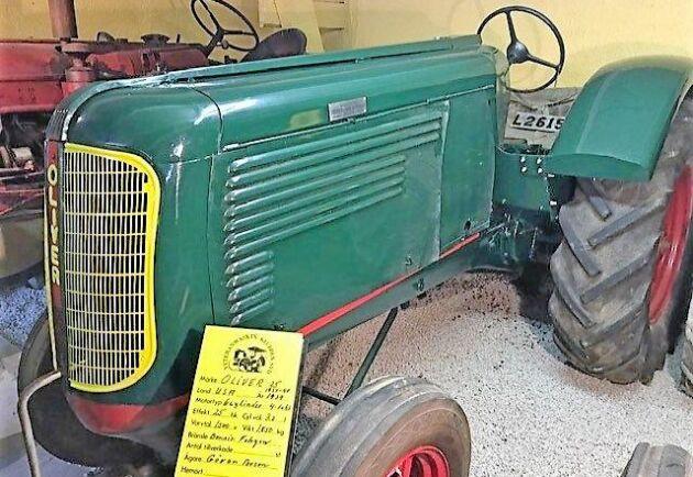 En liten Oliver -25 från 1939 med fotogenmotor fick nytt hem.