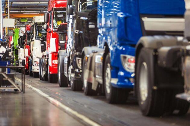 MRF:s prognoskommitté tror att 4300 nya tunga lastbilar säljs i år.