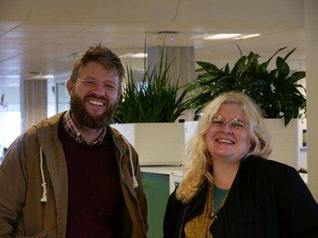 Oskar Schönning och Sara Johansson poddar om ständigt aktuella ämnen. Här nedan hittar du det senaste avsnittet.