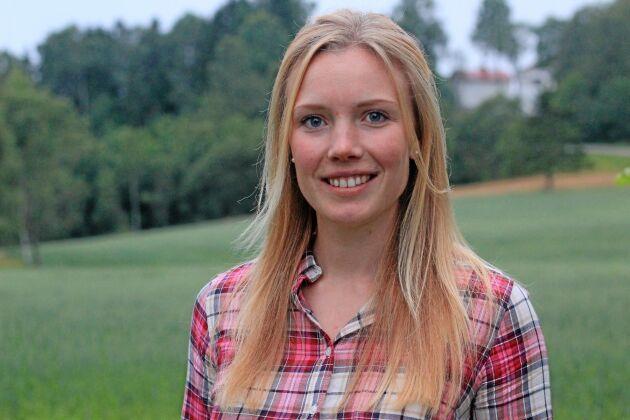 Paulina West, Höga kusten, har målsättningen att få bygga nytt och börja om med kallet i livet: mjölkkorna.