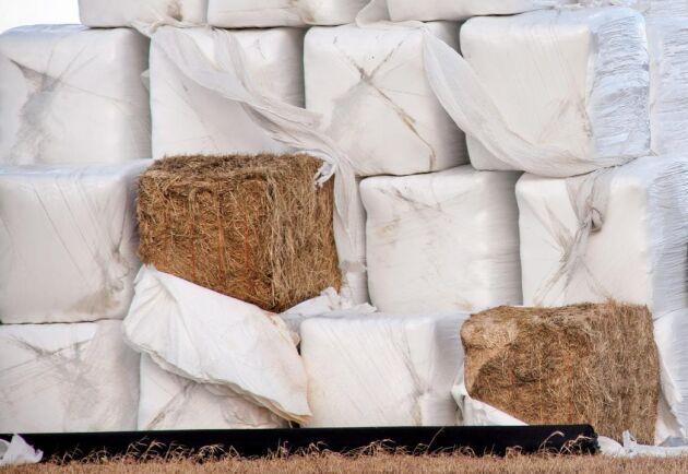 Runt 20 000 ton plats används varje år i det svenska lantbruket.