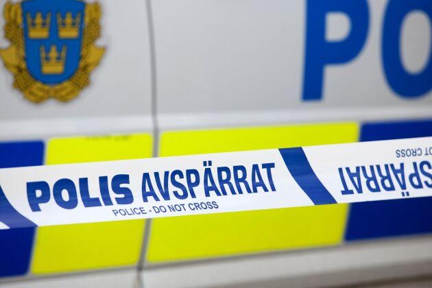 Arkivbild. Polisen utför en brottsplatsundersökning på platsen och ber om tips från allmänheten.