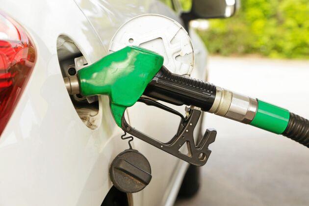 Koldioxidskatten och energiskatten sänks.