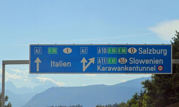 Ha koll på trafikreglerna i de länder du ska besöka eller köra igenom.