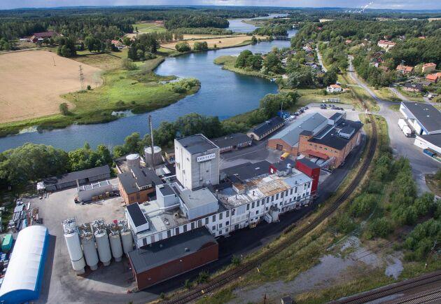 Lantmännen köper en havrekvarn i Kimstad. Kvarnen utanför Norrköping har 35 anställda och en kapacitet på 55 000 ton.
