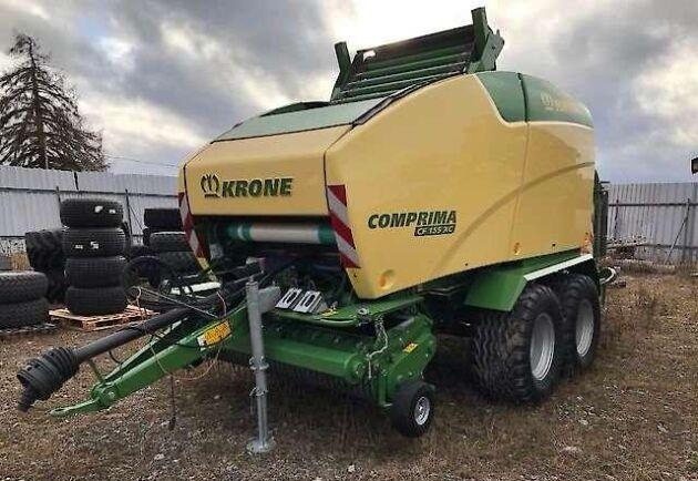 Våren 2018 köpte Robert Hansson en ny Krone Comprimapress. Ett köp som innebar många problem och stora kostnader, som han tycker leverantören ska vara med och dela.