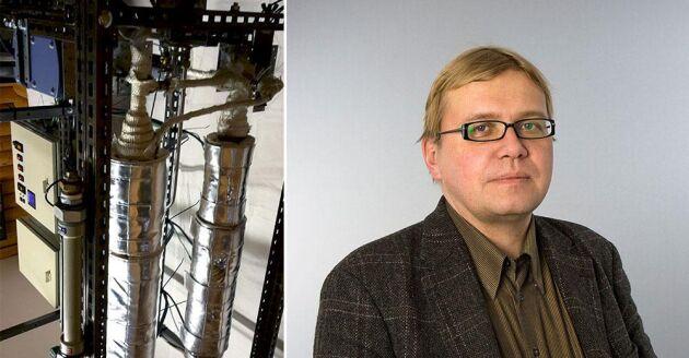 Delar av anläggningen för produktion av grön bensin tillsammans med Jyri-Pekka Mikkola, professor.