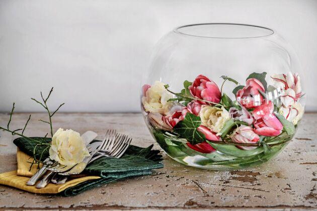 Snyggt småslarv med tulpaner.