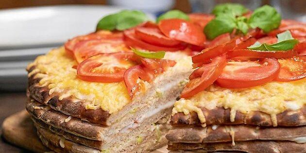 Kalasgod varm smörgåstårta med skinka och smält ost