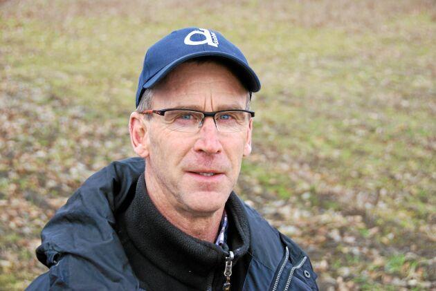 Anders Månsson odlade ekologiska sockerbetor runt sekelskiftet när möjligheten fanns förra gången. När nu Nordic Sugar öppnar för odlingen igen efter 13 års uppehåll är han intresserad av att satsa igen.