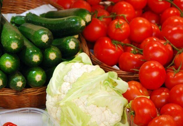 Frukt och grönsaker tillhör de jordbruksvaror som står för värdet av den svenska importen.