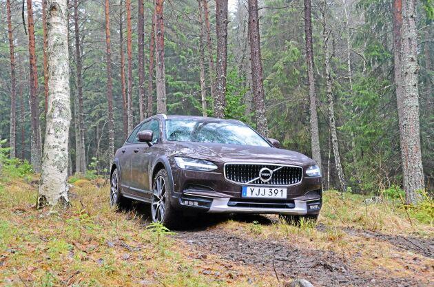Provkörning av Volvo V90.