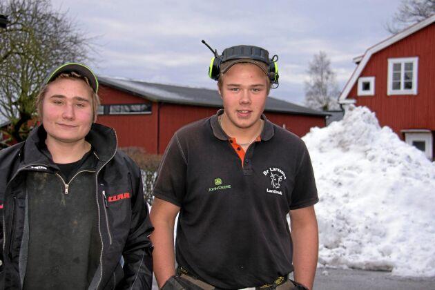 Gott om arbete, redan i mitten av december hade de plogat mer snö än under hela förra vintern