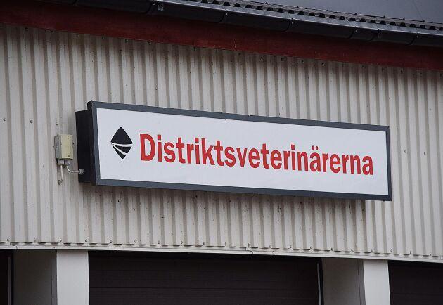 Enligt Sveriges Radios program Kalibers sammanställning finns i dag gårdar där djurägare har 20 mil eller mer till en veterinär. Arkivbild.