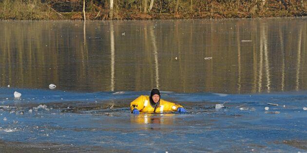 3 livsviktiga råd: Så räddar du en nödställd på isen