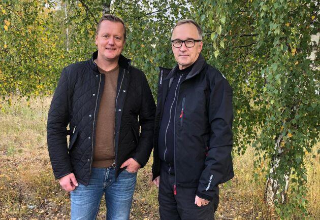 Mattias Ringström tillsammans med Timo Tolppa, VD för det finska moderbolaget Metsäkkonepalvelu Oy.