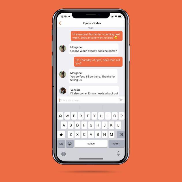Appen fungerar som ett kommunikationsverktyg för ryttare i samma stall för att underlätta samarbete.