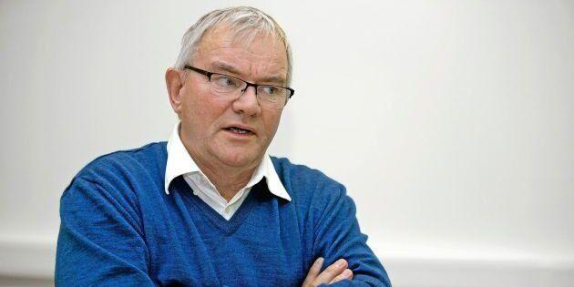 Åke Hantofts slutför försäljningen av sin gård