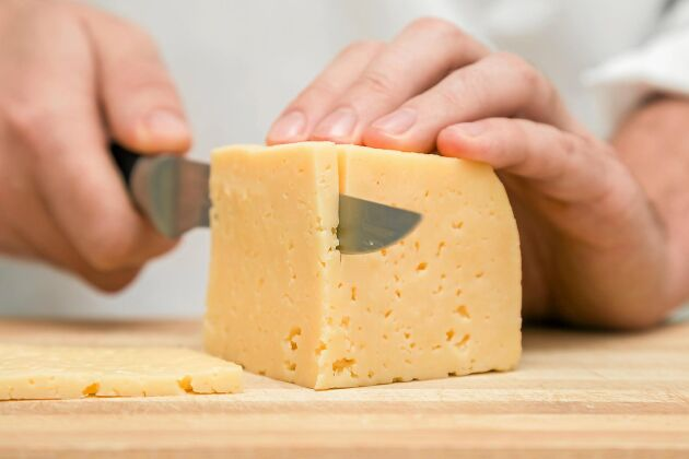 Ost är bra för tänderna. Ta en bit efter maten, så sänker det PH-värdet snabbt och skyddar mot syraangrepp.