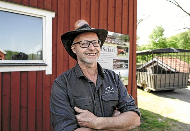 Kristian Carlsson driver Öströö fårfarm tillsammans med hustrun Jeanette.