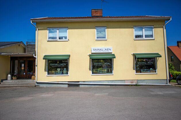"""Lanthandeln """"Smaklöken"""" har blivit ett dragplåster för besökare till Jämjö i Blekinge."""