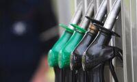Priserna på diesel och bensin ner trots sanktioner