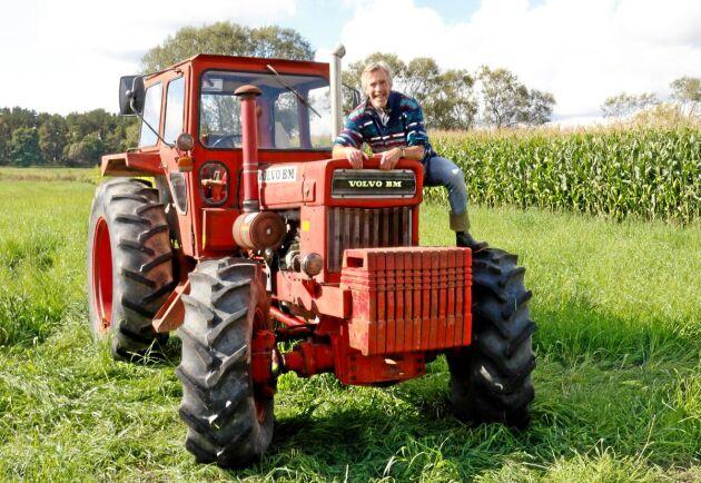Volvo BM har en intressesfär som uppmuntrar såväl unga som lite äldre att äga en. Traktorpulling eller vanlig körning. Allt funkar. Det vet Kenneth Fransson på Traktor Power.