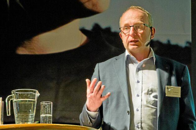 Skogsdirektören Magnus Kindbom tycker att regeringen varit tydligare med vad som kommer ersättas.