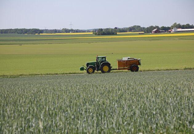 Sveriges största styrka är alla jordbrukare och deras idéer och sätt att bruka jorden på, skriver Carl-Wiktor Svensson (M) och John Widegren (M).
