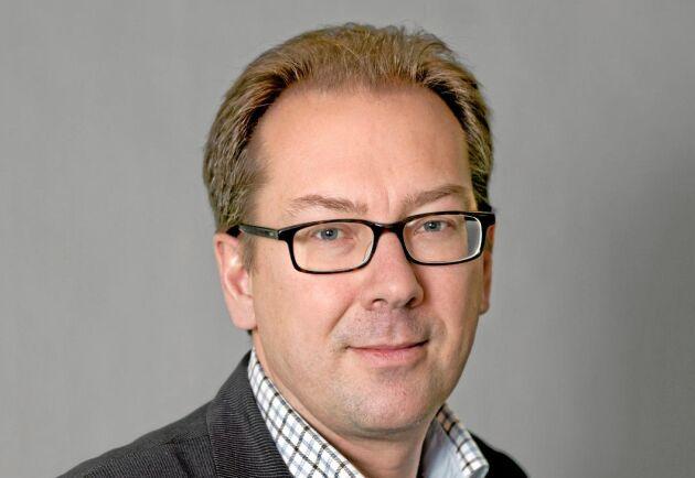 Ur ett bondeperspektiv, är det lättare att få ut ett mervärde om det är vi själva som står för att beskriva vårt ursprung, och garantera det, än om det är lagstiftning som gör det, säger Anders Holmestig, tillförordnad enhetschef för livsmedelsföretagande på LRF.