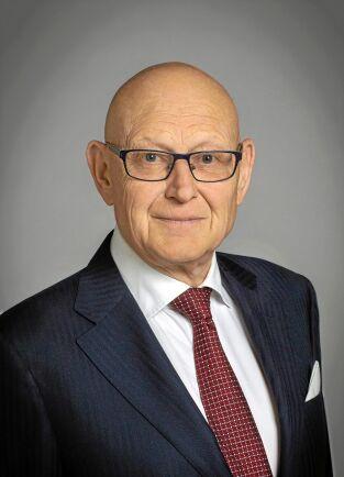 Ny utredare av skogsvårdslagen är Fredrik von Arnold, som varit mer försiktig i sina uttalanden om äganderätten.