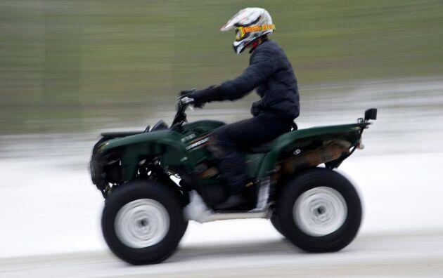 Var fjärde markägare drabbas av privatpersoners körning med terrängfordon.
