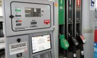 Bensinpriset under 13 kronor per liter