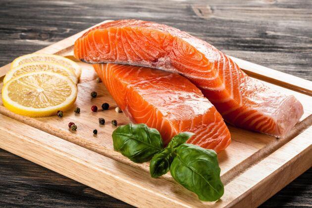 Fleromättade fettsyror finns i bland annat fet fisk, men rekommenderas inte i syfte att förebygga demens.