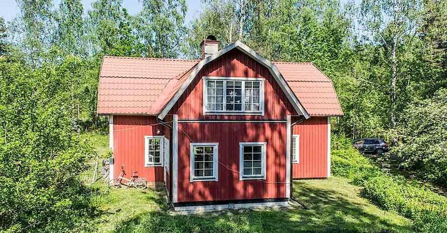Detta torp passar både som permanenthus och fritidsbostad.