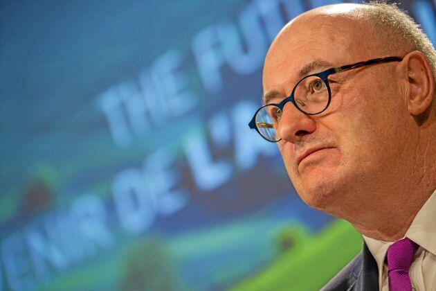 Jordbrukskommissionär Phil Hogan har övergångsregler för Cap i bakfickan.