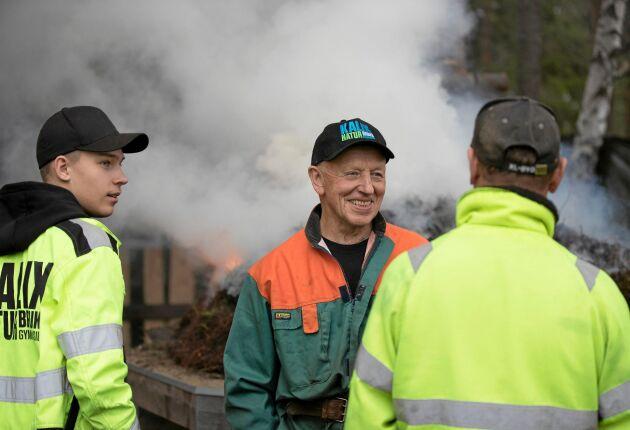 Allan Nordmark har bränt 99 tjärdalar genom åren. Och fler ska det bli.